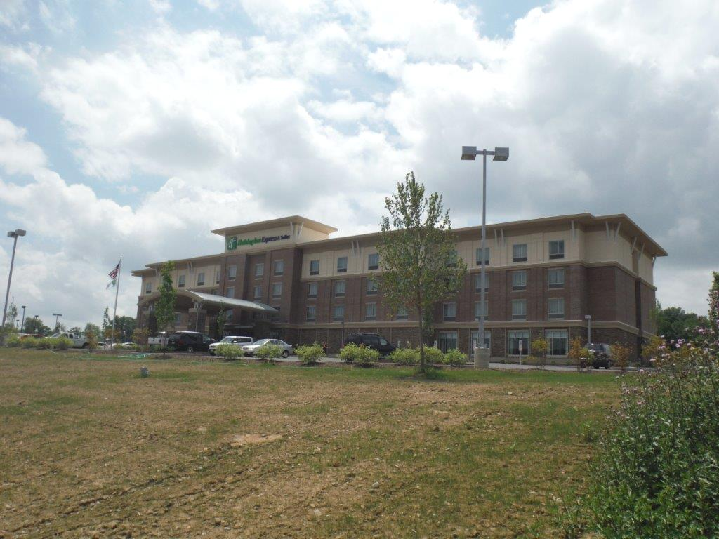 Civil Site Development - Morris Knowles & Associates - Holiday_Inn_Express_for_web