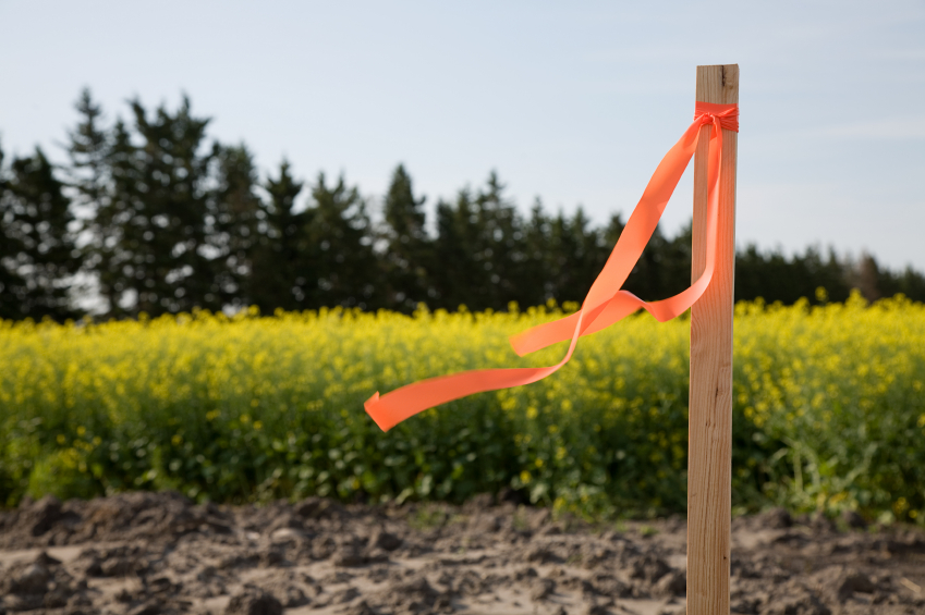 Surveying and Field Construction Monitoring Services - Morris Knowles & Associates - iStock_000003875782_Small